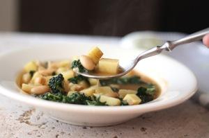 italian white bean, potato and kale soup 2